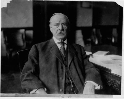 grover-cleveland-at-desk-640459669-5b660c9246e0fb0025ffa2ee
